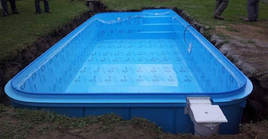 Připojte filtr písku bazénu