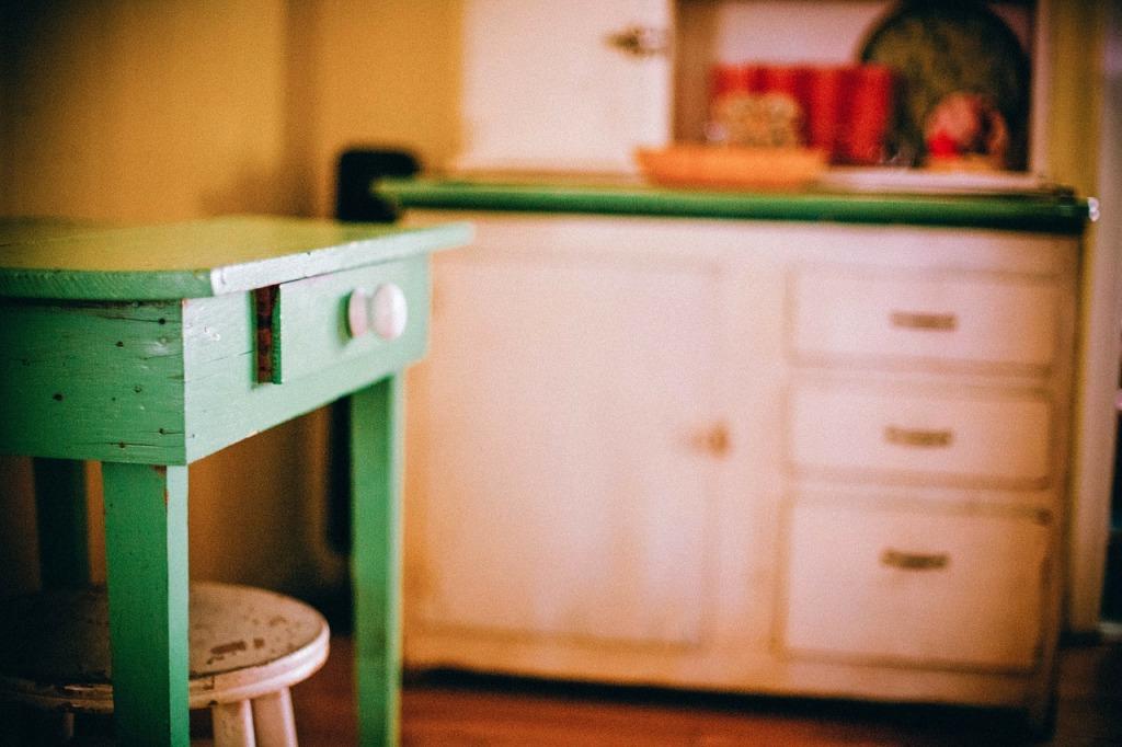furniture-349706_1280