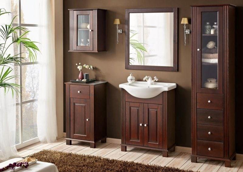 Koupelnová sestava v designu dřeva