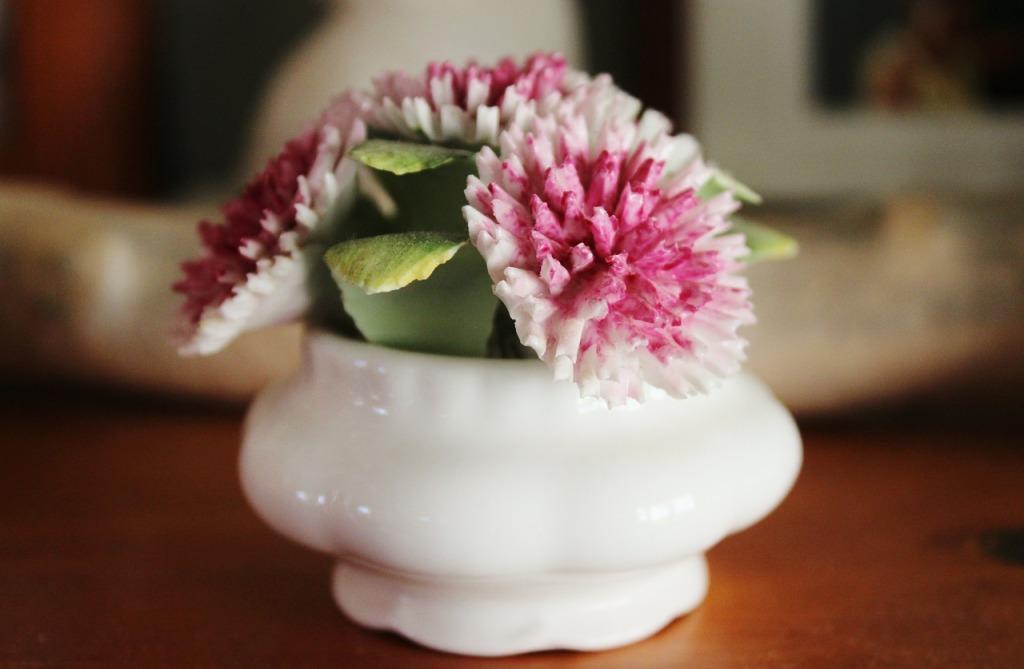 porcelain-480552_1280